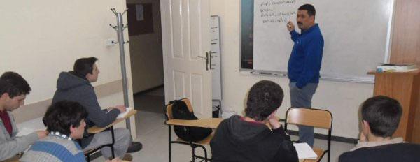 FSM İzcilik Kulübü Şimdi de Liselilerin Gönlünü Fethediyor